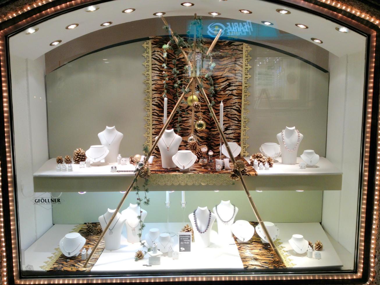Weihnachten juwelier isolde skrabitz for Schaufensterdekoration schmuck